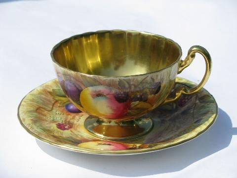Vintage aynsley gold orchard fruit pattern english bone china tea cup amp saucer