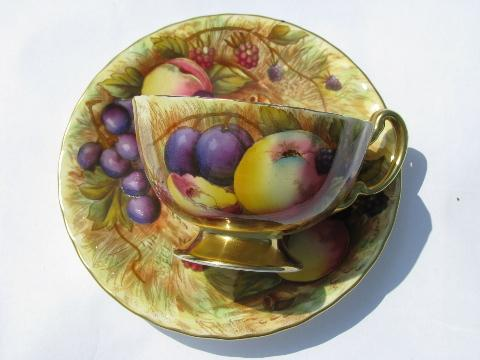 vintage Aynsley gold orchard fruit pattern English bone china, tea