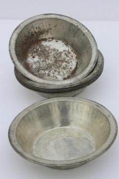 vintage Bake-King mini pie pans set of 6 individual pie dishes for baking small tarts