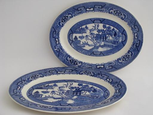 vintage Blue Willow pattern Homer Laughlin china platters, big and small