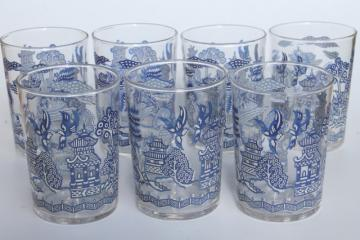 vintage Blue Willow pattern glass drinking glasses, go-along tumblers for china dinnerware
