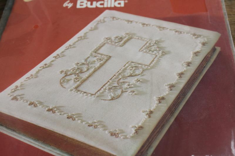 vintage Bucilla needlework kit, candlewick embroidery, Bible cover to make, hand stitching