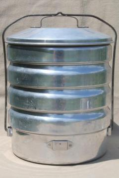 vintage Buckeye aluminum picnic pack tiffin stacking camp set pans, camping cookware