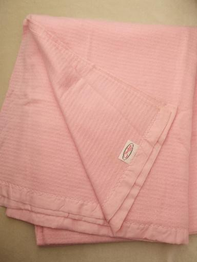 vintage Chatham blanket, soft pink acrylic twin blanket, never used