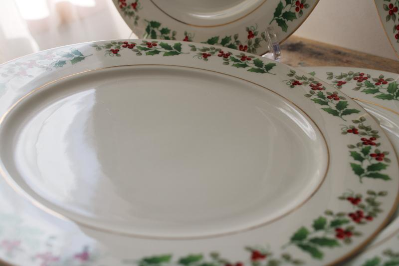 vintage Christmas Charm Gibson holly border china, set of four dinner plates