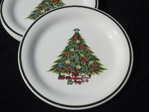 vintage Christmas Tree dinner plates, Mt. Clemens pottery holiday dishes?