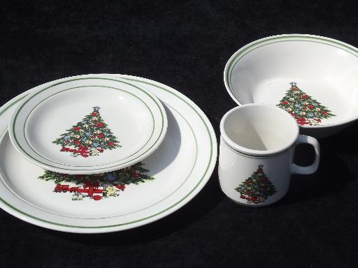 & vintage Christmas Tree holiday dishes Mt. Clemens pottery set for four