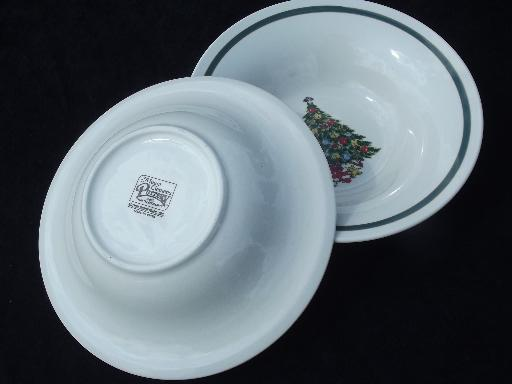 vintage Christmas Tree holiday dishes, Mt. Clemens pottery soup bowls