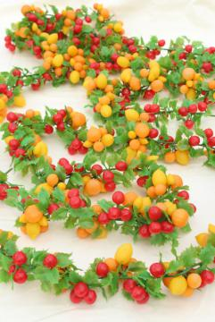 vintage Christmas garland, plastic fruit swag holiday decoration, 60s 70s retro!