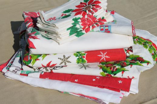 vintage christmas linens lot holiday print cotton tablecloths cloth napkins