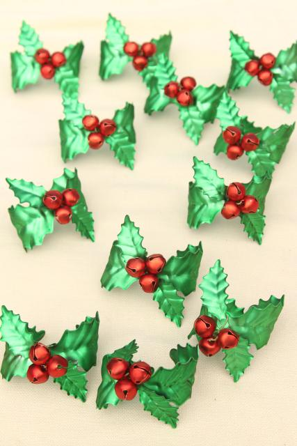 vintage Dept 56 Christmas holly & jingle bells napkin holder rings, red & green metal
