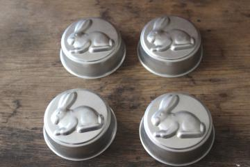 vintage Easter bunny rabbit baking pans or jello molds, cute for holiday cooking or decor