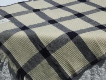 vintage Faribo woven wool throw / camp blanket navy blue & natural cream wool