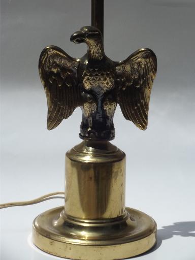 Vintage Federal Eagle Antiqued Brass Cast Metal Figure Table Desk Lamp