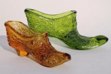 vintage Fenton glass shoes, daisy and button pattern glass, amber & green