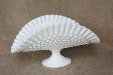 vintage Fenton hobnail milk glass banana stand or fruit bowl, pretty for wedding flowers