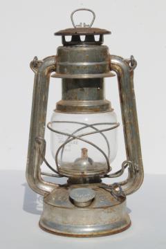 vintage Feuerhand baby lantern #275 w/ glass shade, made in Western Germany