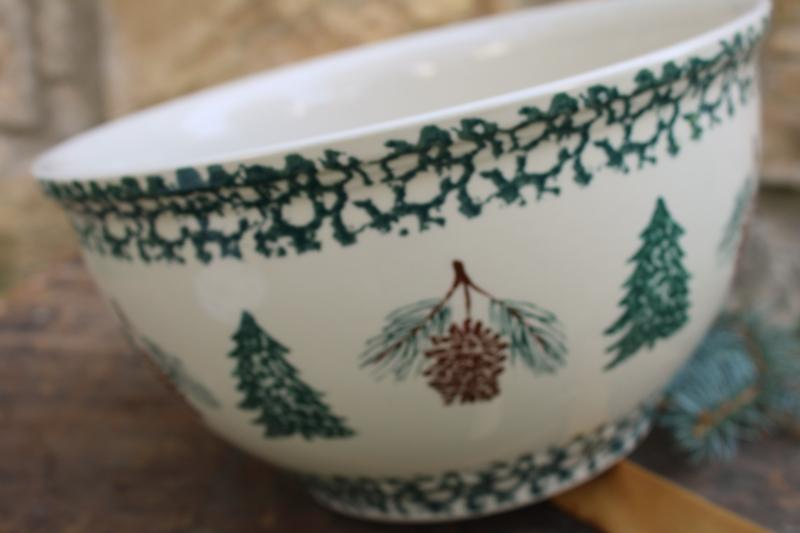 vintage Folkcraft Christmas pine cone tree spongeware stoneware, big mixing bowl