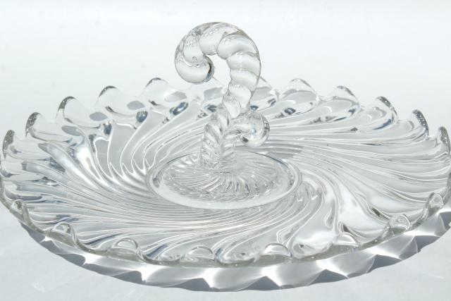 vintage Fostoria Colony glass sandwich tray or cake plate w/ center handle