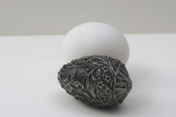 vintage Franklin Mint Easter egg w/ rabbit, solid pewter cast metal miniature egg