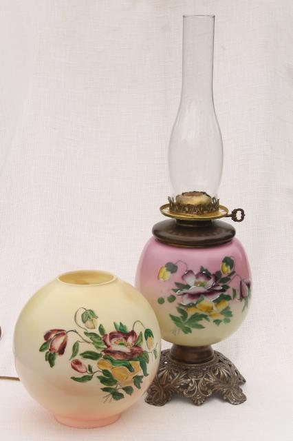 Vintage Gone With The Wind Lamp W Chimney Shade Amp Pansies