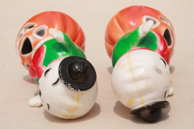 vintage Halloween hard plastic novelty toys party favors, ghosts on jack o lantern pumpkins