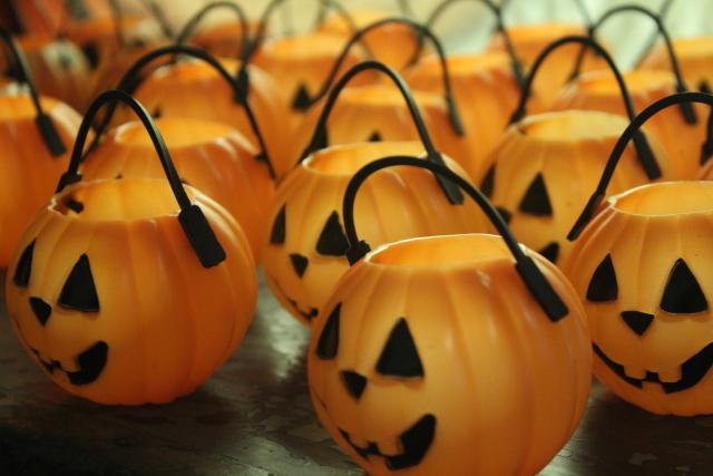 vintage Halloween jack o lantern pumpkins - blow mold light, trick or treat pails