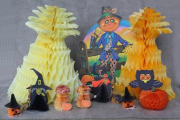 vintage Halloween party die cuts honeycomb paper decorations, Japan, Beistle, Hallmark