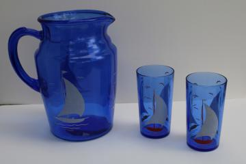 vintage Hazel Atlas red white sailboats pitcher & drinking glasses, blue depression glass