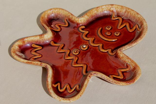 vintage Hull brown drip glaze pottery Gingerbread man holiday cookie shape plate or serving tray