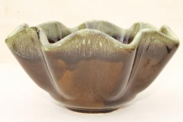 vintage Hull pottery green drip glaze bowl or flower pot planter