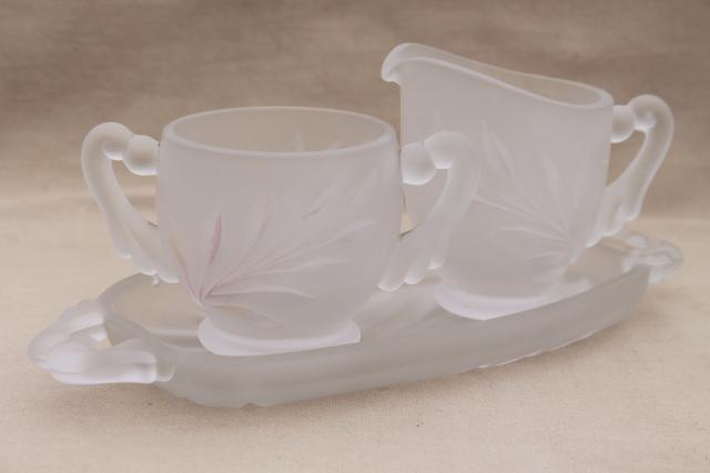 vintage Indiana Oleander willow pattern cream & sugar w/ tray, clear frosted camphor glass