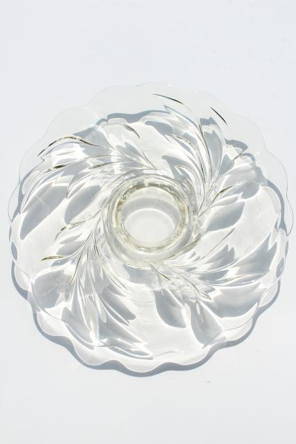 vintage Indiana glass torte plate, low cake stand w/ center foot, willow or oleander pattern