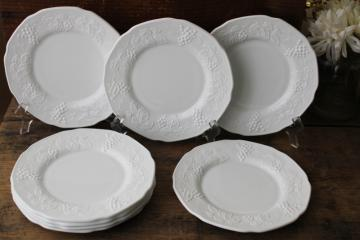 vintage Indiana harvest grapes milk glass, embossed grape border salad / dessert plates