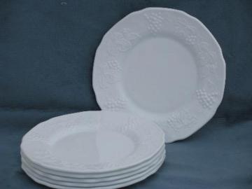 vintage Indiana harvest grapes pattern milk glass cake / salad plates, set of 6