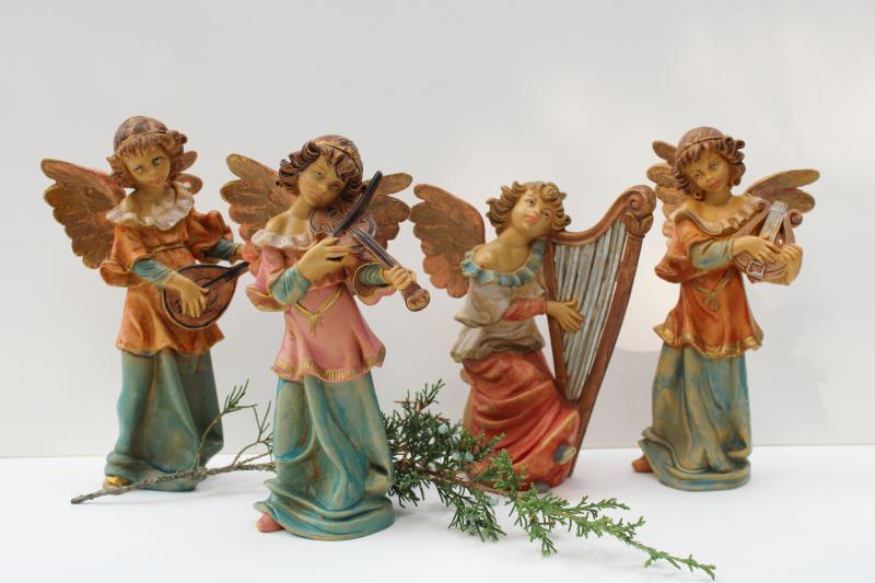 vintage Italy Christmas angels, large plastic figures for Nativity scene