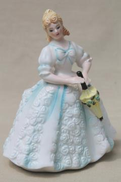 vintage Japan china lady figurine, Cinderella blue & white pretty girl w/ parasol