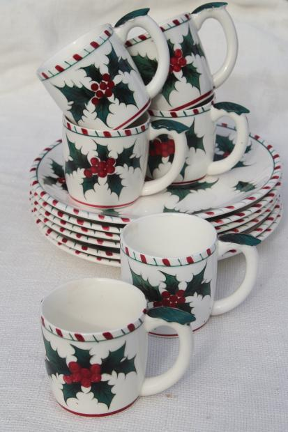 vintage Lefton Christmas holly white china plates & cups, hand painted ceramic made in Japan