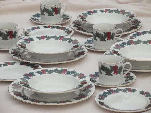 vintage Libbey china dinnerware Bows of Holly Christmas dishes set for 4 & vintage Libbey china dinnerware Bows of Holly Christmas dishes set ...
