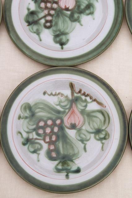 Vintage Louisville Stoneware Pottery Harvest Fruit Dinner