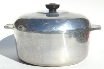 vintage Magnalite GHC cast aluminum dutch oven or stock pot w/ lid