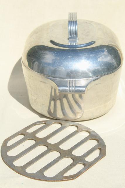 Vintage Magnalite Wagner Ware Aluminum Dutch Oven Oval