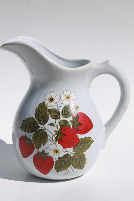 Vintage Mccoy Pottery Strawberry Pitcher Red Strawberries Large