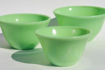 vintage McKee jadite green jadeite glass mixing bowls nesting bowl stack
