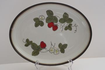 vintage Metlox Poppy Trail California pottery, strawberry platter or serving tray