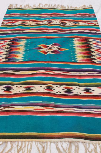Big vintage mexican blanket those
