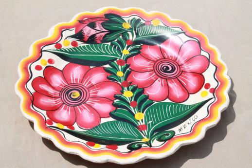 vintage Mexican pottery, huge plate or charger tray w/ hand-painted pink zinnias