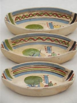 vintage Mexican pottery nesting trays or bowls, old Mexico hand-painted pottery