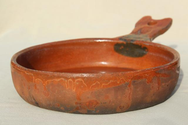 vintage Mexican pottery pots, rustic terracotta clay pans in nesting sizes