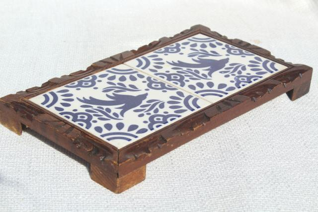 Vintage Mexican Pottery Tile Trivet Blue White Ceramic Tray W Rustic Wood Frame